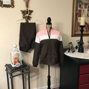 EUC Matching bcg Wind Jacket and Pants Set